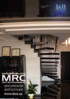 Больцевая лестница для дома