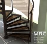 Стеклянными ступени и ограждение винтовой лестницы