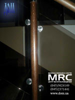 деревянная стойка со стеклодержателями