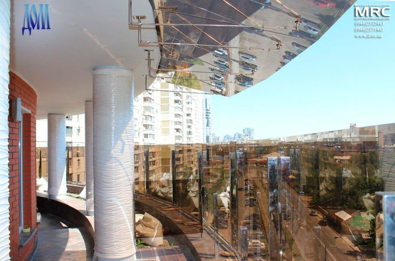 козырьки из стекла над террасой, фурнитура для подвесных козырьков- нержавеющая сталь
