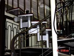 ограждения лестницы из черного металла в порошковой покраске