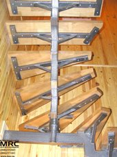Металлоконструкция лестницы