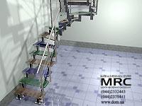 Лестница с цветными ступенями из стекла триплекс и с ограждением из полированной нержавеющей стали