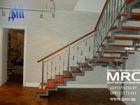 Двухкосоурная лестница