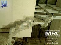Монтаж несущей конструкции для стеклопола и лестницы в доме