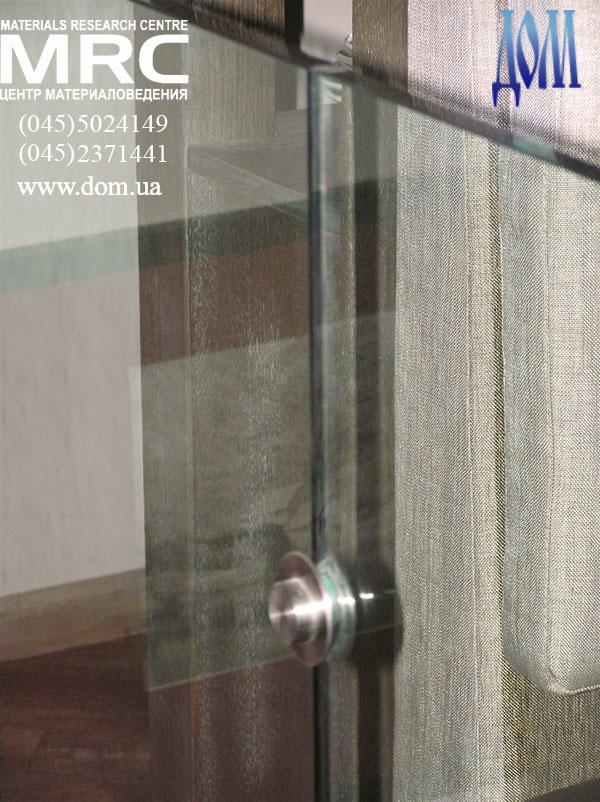 крепление стекло панелей