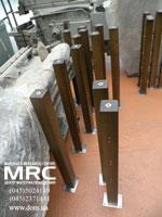 Ограждение террасы с дубовыми стойками, деталировка из нержавеющей стали