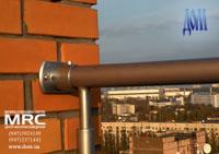 Ограждения балкона из полированной нержавеющей стали