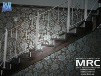 Дубовая лестница для дома