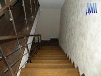 ступени лестницы из ясеня