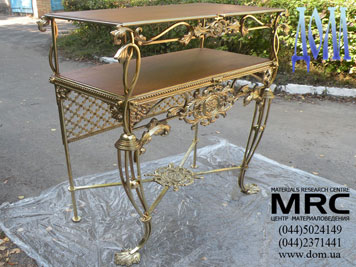 3d моделі латунного столика готовий