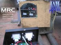 стрелковые амперметр и вольтметр на контроллере ветрогенератора